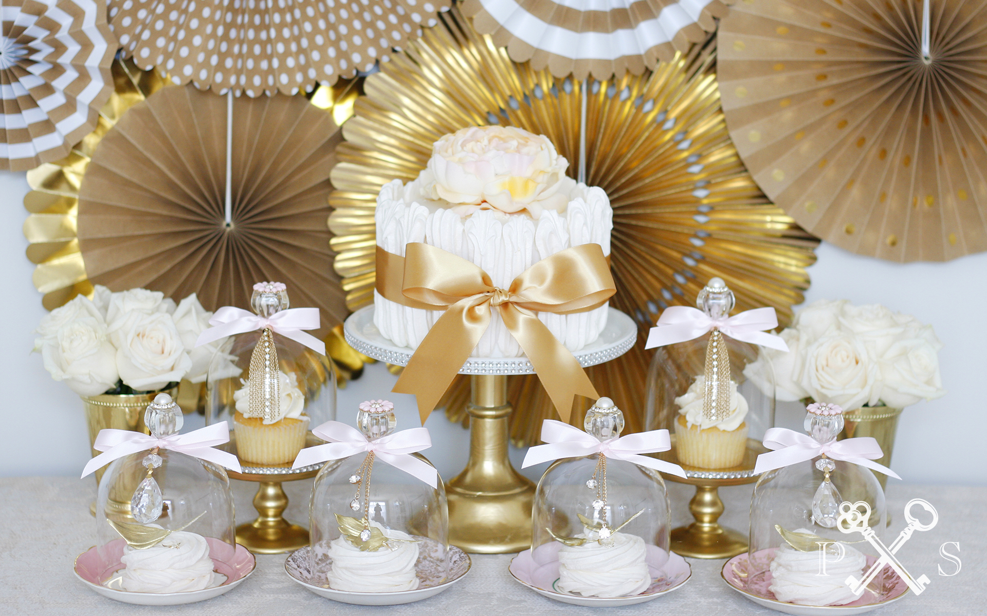 Mini Dessert Dome Table