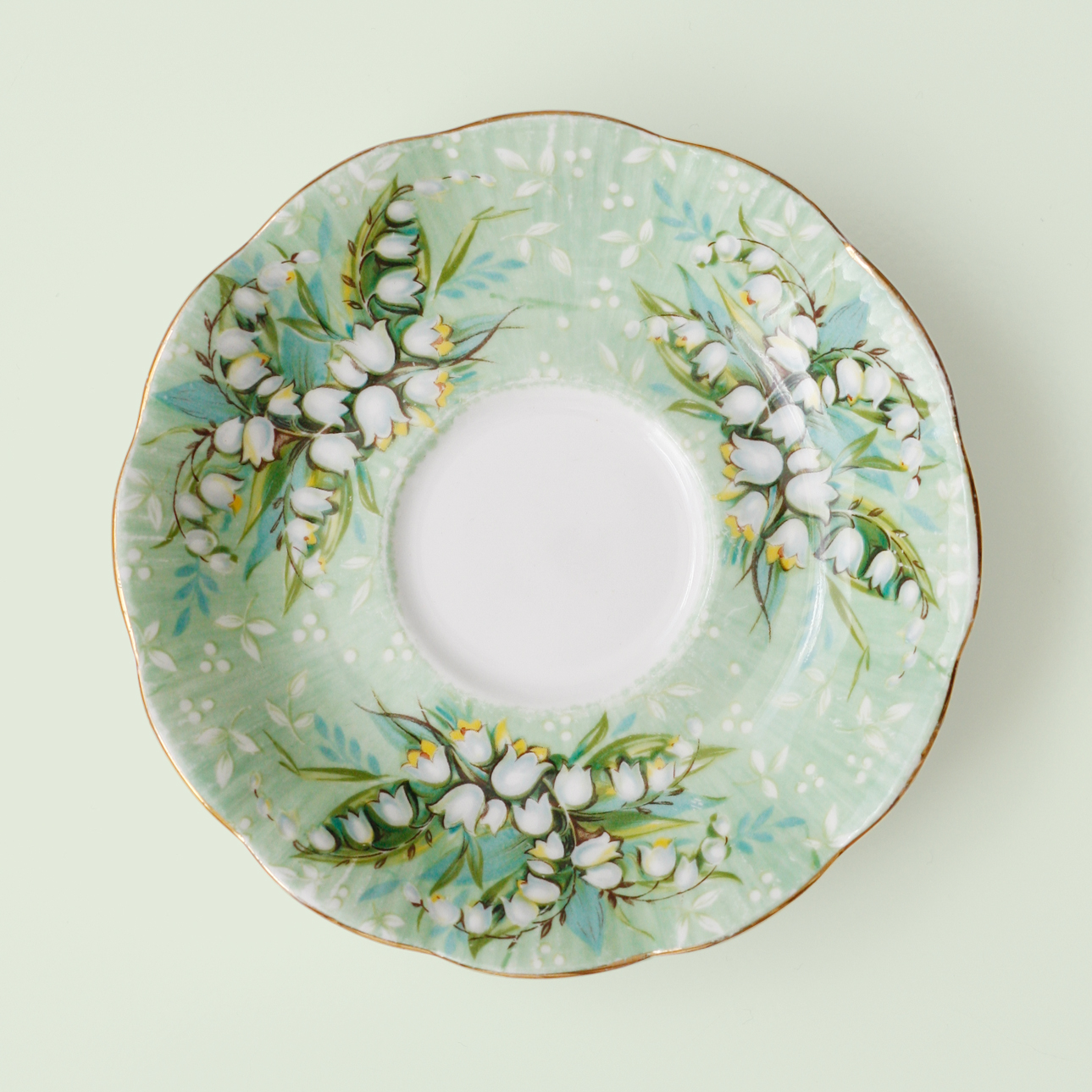 02_Paige Smith_Saucer 1