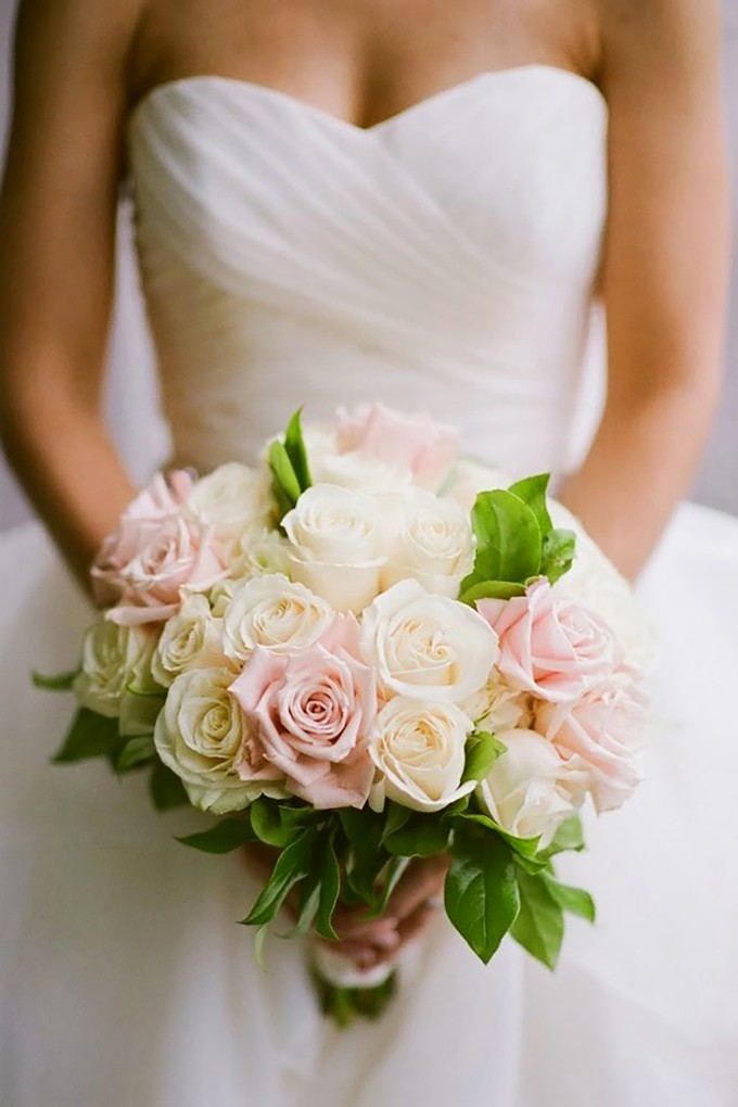 bellethemagazine.combest-wedding-bouquets-of-2014-7